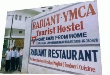 Radiant YMCA Tourist Hostel (Varanasi - India)