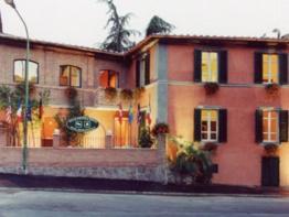 Villa Piccola Siena (Siena - Italy)